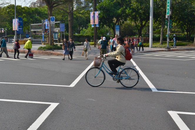 Bike crossing 4 way Intersection